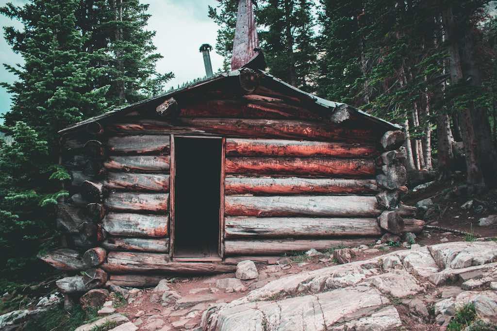 避難小屋の利用について – 山の相談小屋